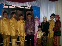 Bersama kakek (2011)